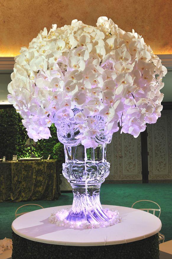 D4908f198fc69d3bcffaf5fb6a4f4246 Orchid Centerpieces Bouquet Wedding